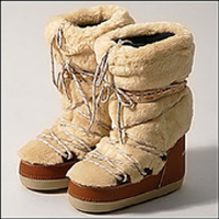 Above: Marc Jacobs Moon Boots. You see realistically a skiing holiday has ...