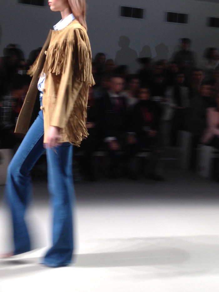 Model at London Fashion Week 2015 - Side on view